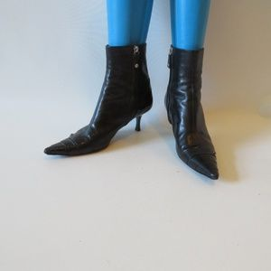 CHANEL BLACK LEATHER ANKLE BOOTS SZ 9*
